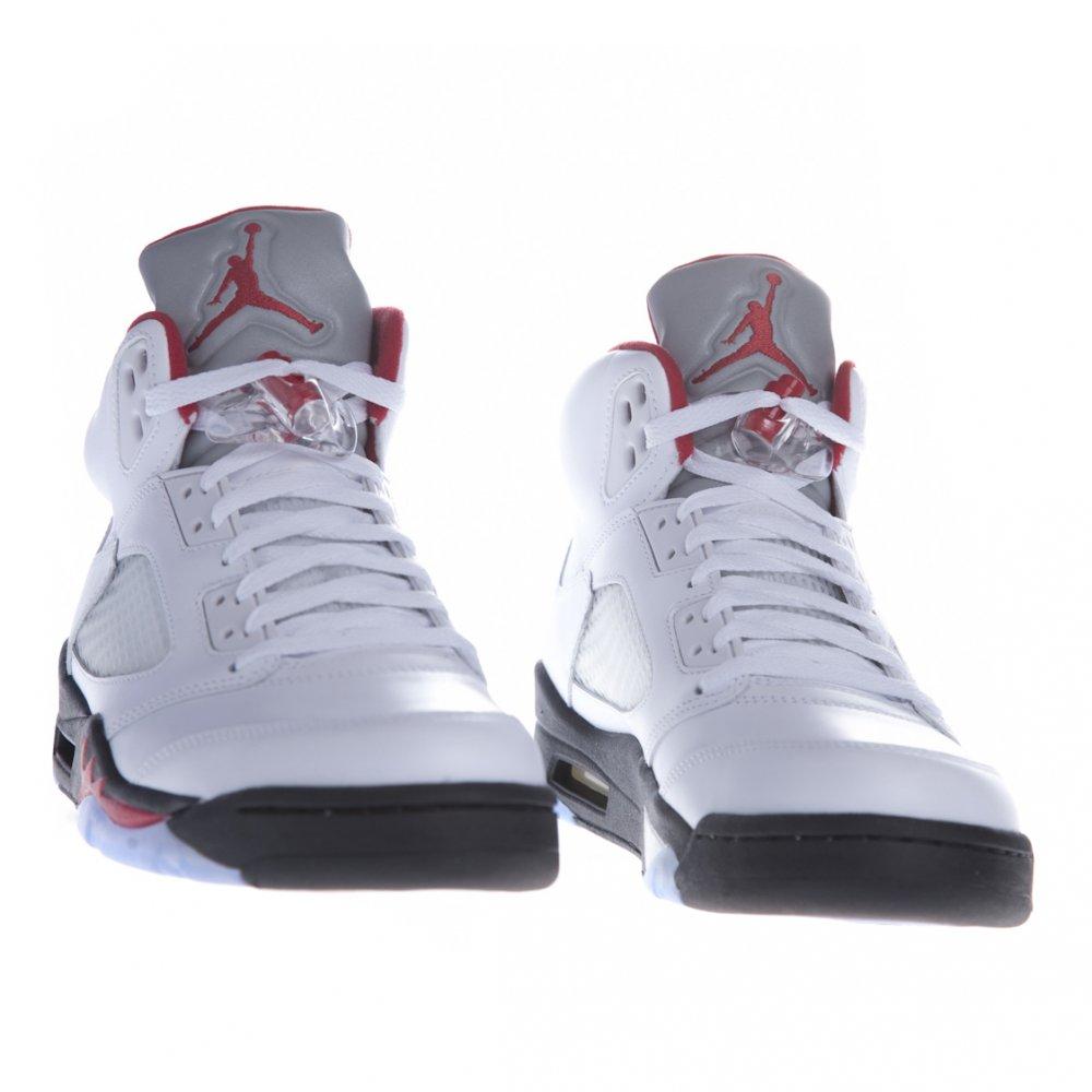 Air Jordan 5 granate