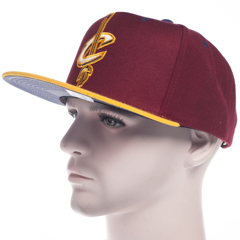 1b557ae203a1c Gorra Mitchell   Ness  NBA Cleveland Cavaliers GT YL ...