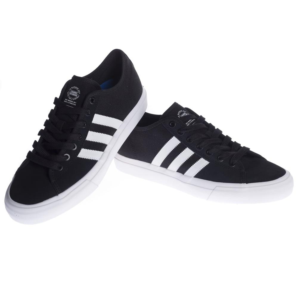 Zapatillas adidas originals: Matchcourt BK