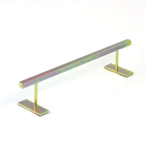Blackriver Ramps: Ironrail Square Gold