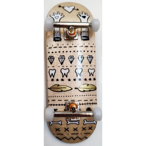 Completo Fingerboard BerlinWood: Envoyage Metallic Glove Hearts- Set Classic 29mm