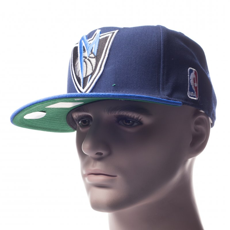 Gorra Mitchell   Ness  NJ16Z Dallas Mavericks BL  b18e02d8c33