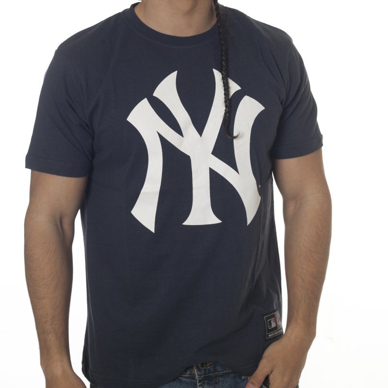 Camiseta Majestic  Frittle Logo Tee New York Yankees NV 784aeb0168e
