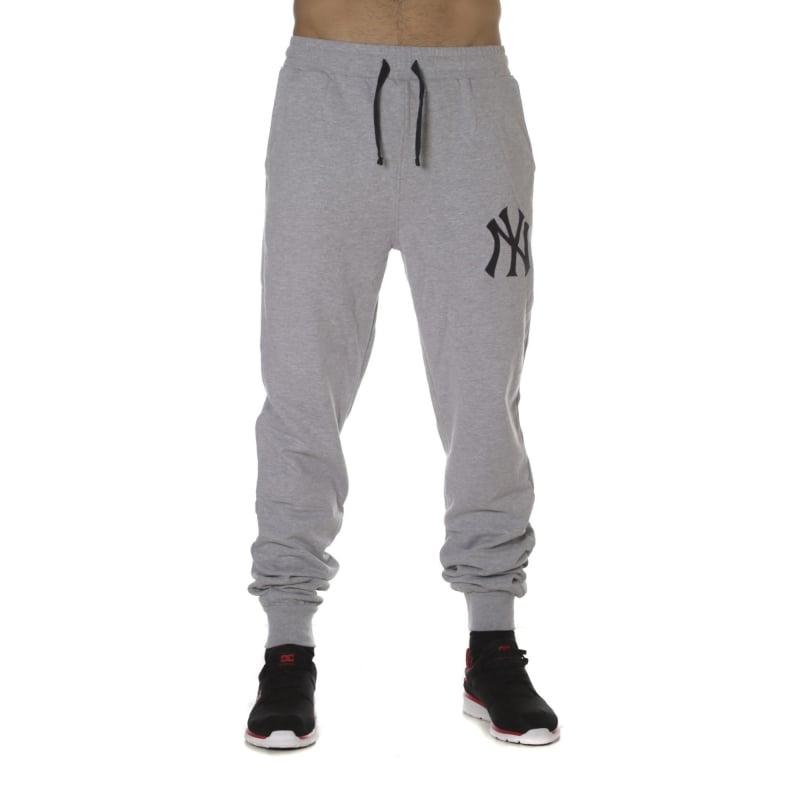 Pantalón Majestic  Garten Cuffed Hem Jogger New York Yankees GR ... 9c64bd3b70f